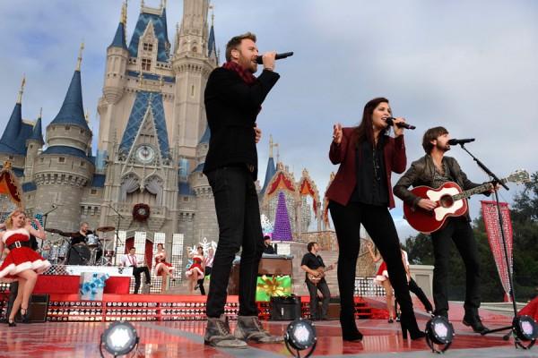 Stars Shine at Disney Parks Christmas Day Parade Taping at Walt Disney