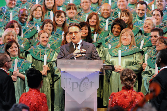 Andy Garcia Narrates the Candlelight Processional at Epcot