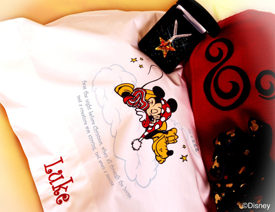 'Dreaming of a Disney Christmas' at Walt Disney World Resort with Disney Floral & Gifts
