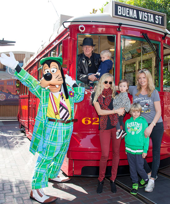 Rod Stewart Celebrates His Sons Birthday with Family at the Disneyland Resort