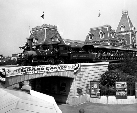 A Look Back: 1958 Opening of the Grand Canyon Diorama at Disneyland Park