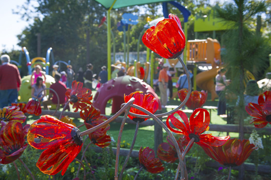 This Week in Disney Parks Photos: Epcot International Flower & Garden Festival Returns, Countdown to Fantasy Faire Continues