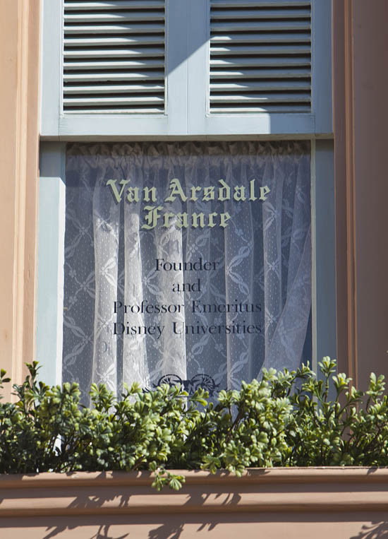 Windows on Main Street, U.S.A., at Disneyland Park: Van France