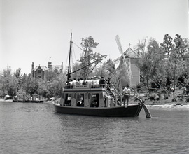 The Mike Fink Keel Boat, a 'B' Ticket Attraction at Magic Kingdom Park