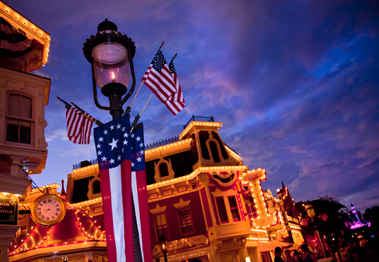 The Amazing Colors of Independence Day at Disneyland Park Make the Lights on Main Street U.S.A., Pop