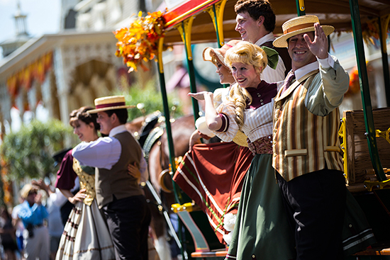 'Limited Time Magic' Fall Trolley Show Begins at Walt Disney World Resort