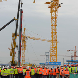 Vertical Construction Begins on Theme Park at Shanghai Disney Resort