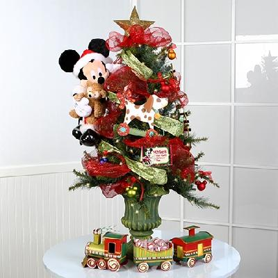 Experience A Disney Christmas At Home This Holiday