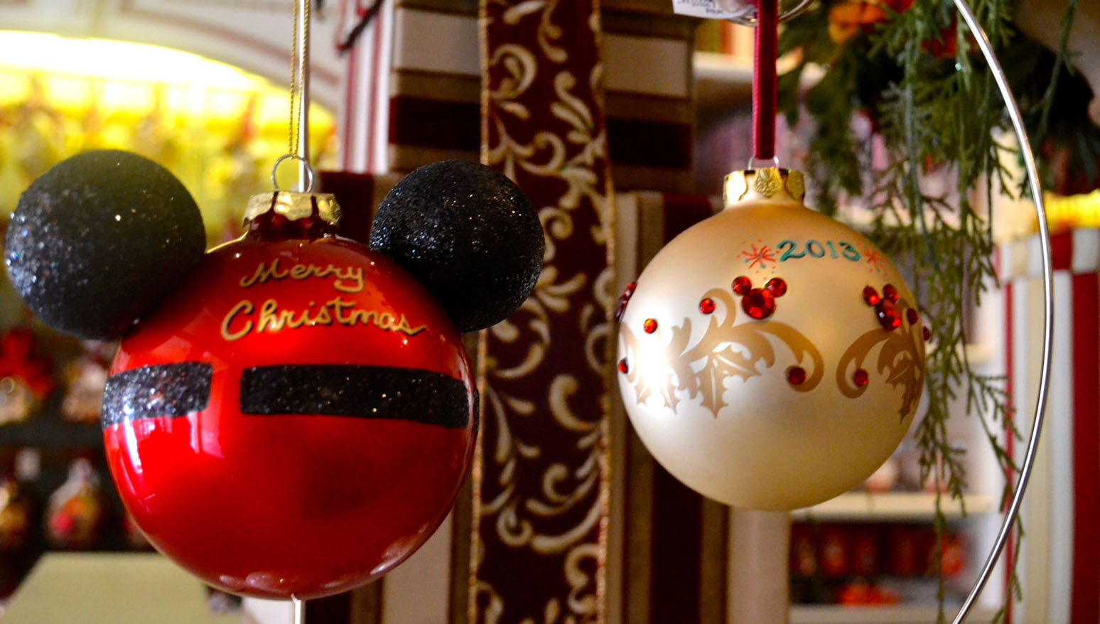 Disneyland Christmas Decorations 2017 : Ornaments add a personal touch to the holidays at