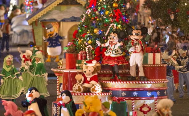 This Week In Disney Parks Photos: Mickey's Once Upon A Christmastime Parade Shines at Magic Kingdom Park