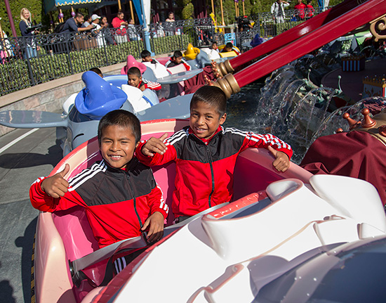 Triquis Kids Basketball Team Visits Disneyland Park