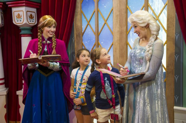 'Frozen' Shines at Oscars, Sisters to Debut in 'Disney Festival of Fantasy Parade' Sunday at Magic Kingdom Park