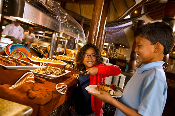 Easter Sunday, Mother's Day Extended Hours for Breakfast at Boma – Flavors of Africa at Disney's Animal Kingdom Lodge