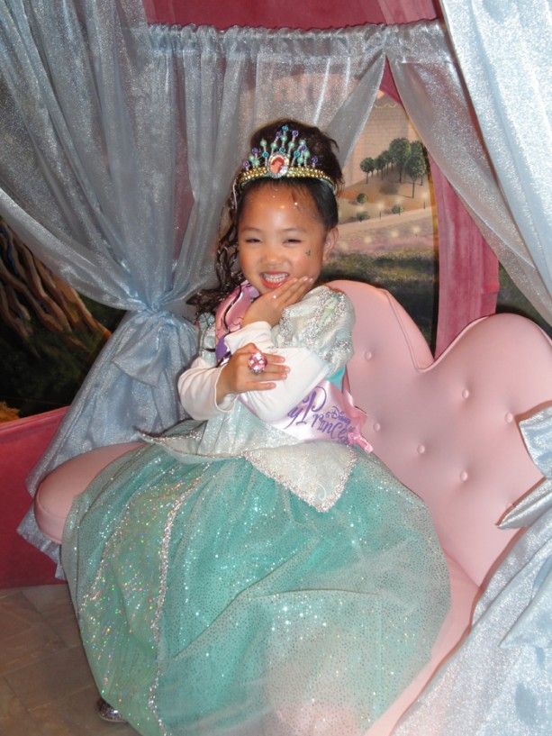 Bibbidi Bobbidi Boutique Celebrates Five Magical Years at Disneyland Park