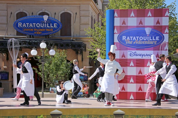 ratatouille comes to life at disneyland paris disney parks blog. Black Bedroom Furniture Sets. Home Design Ideas