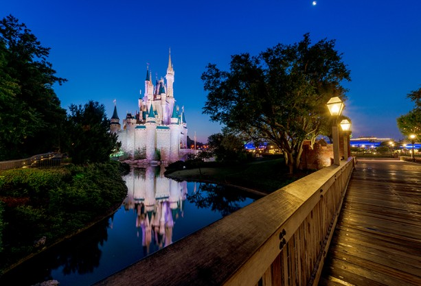 cinderella-castle-liberty-square-bridge-moonLARGE