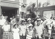 @RizzosCookies: 1955 Disneyland Opening Week. Cousins w/ Mr. Walt Disney @Disneyland Fire Station