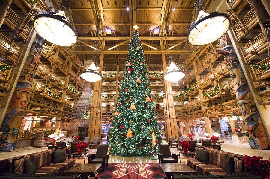 Christmas Decorations At Disney World Hotels : Christmas trees at the resorts of walt disney world