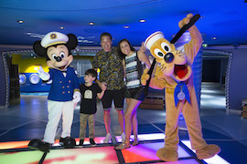 Host Jeff Mauro and His Family on the Disney Dream