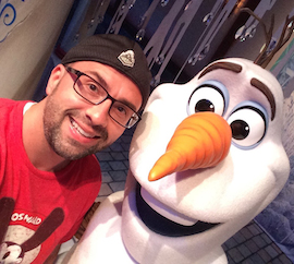 Disney Parks Blog Author Nate Rasmussen Meeting Olaf at Disney California Adventure Park