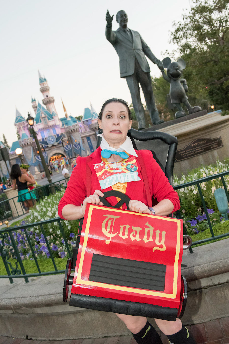Runners Showed Their Diamond Disney Style During Disneyland Half Marathon Weekend at the Disneyland Resort