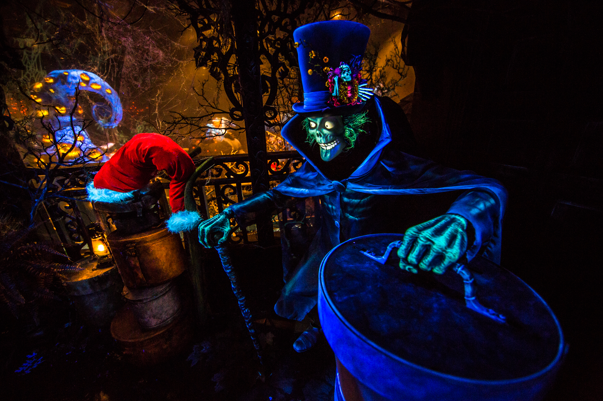 first look hatbox ghost joins the celebration in haunted