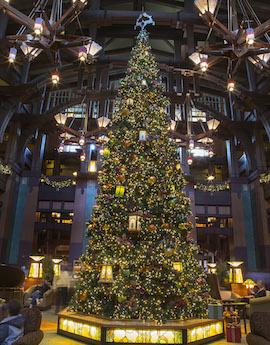 Lobby, Disney's Grand Californian Hotel & Spa at Disneyland Resort