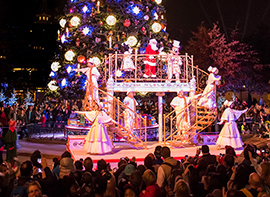 Celebrate an Enchanted Christmas at Disneyland Paris