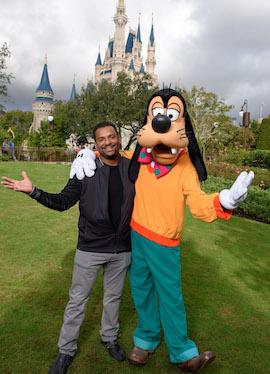 Alfonso Ribeiro Visits Goofy at Magic Kingdom Park