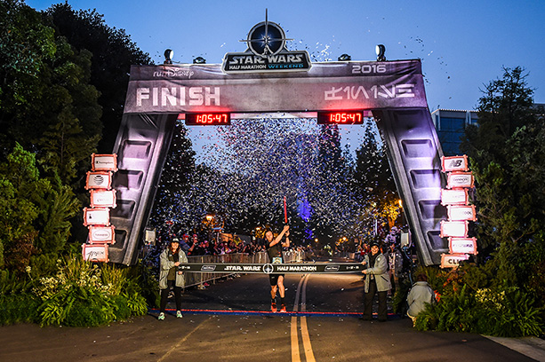 Nick Arciniaga Wins Star Wars Half Marathon at the Disneyland Resort