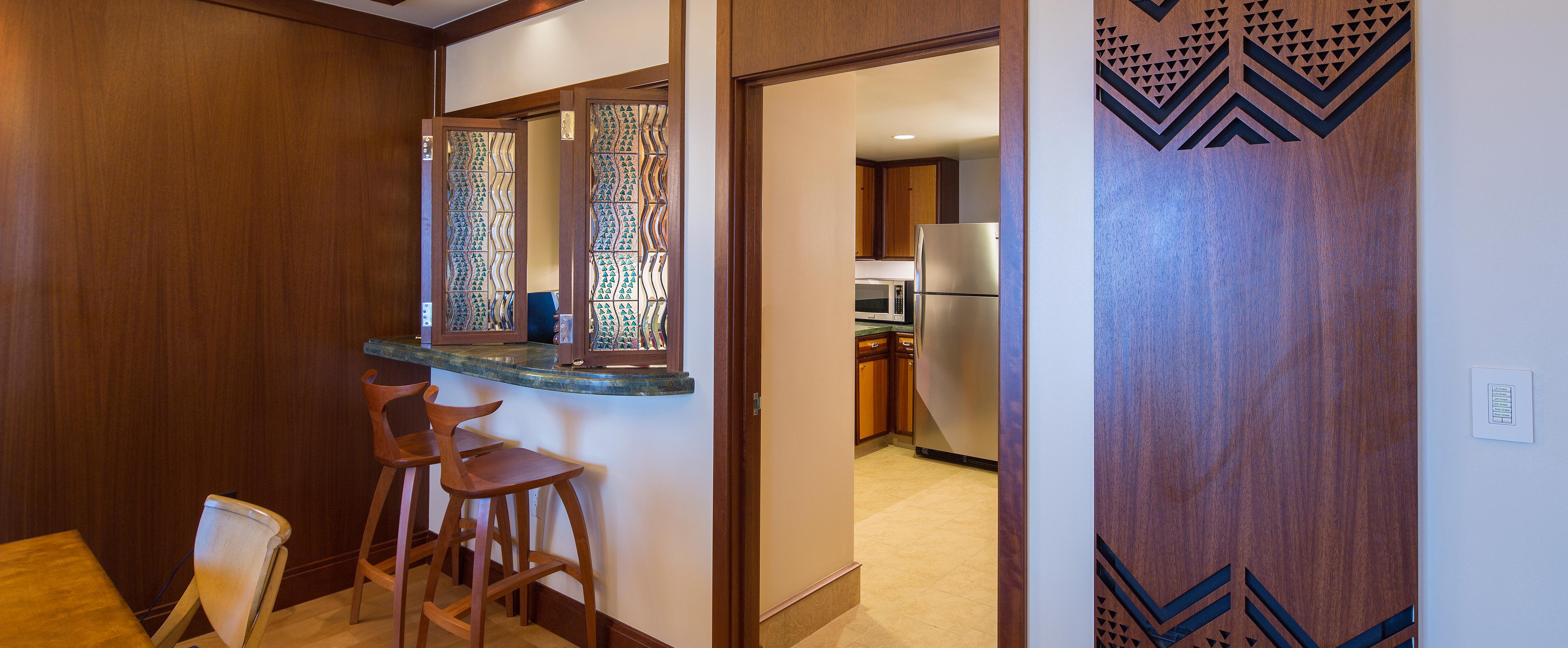 The breakfast bar in the Deluxe 1-Bedroom Suite