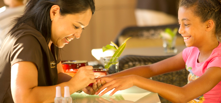 Aulani Girl Getting Manicure